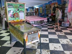 Set in the quaint village of Storms River, this is a diner with so many twists that I'm not really sure I can even convey how unique it is. The Marilyn's 60s Diner is really an anomaly: this isn't where you'd expect to find it at all. #southafricatours #visitsouthafrica #southafricavacation #southafricaholidays #traveltosouthafrica