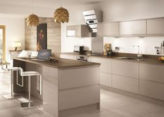 Create a sleek and modern look to your home with our Holborn Gloss Cashmere kitchen. Find out more and contact your nearest branch >> Benchmarx Kitchen, Kitchen Units, Open Plan Kitchen, Living Room Kitchen, Kitchen Flooring, Rustic Kitchen, Kitchen Interior, Kitchen Ideas, Grand Kitchen