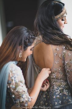 What's a bride without a bestie ? And what's a bride and bestie without some jaw droppingly stylish, co-ordinated outfits. So when we were pondering on what to make our gorgeous girls wear for our Red Carpet Bride & Bestie...