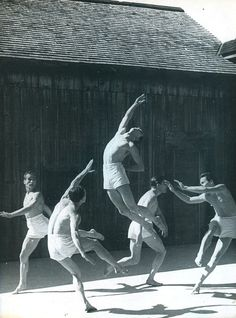 We Had Faces Then : Ted Shawn and His Men Dancers performing Olympiad at Jacob's Pillow near Lee, Massachusetts, summer 1932 Ralph Waldo Emerson, Shall We Dance, Lets Dance, Contemporary Dance, Modern Dance, Dance Company, Dance Fashion, Dance Photos, Dance Hall