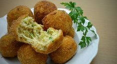 Cukkini fasírt Recipes From Heaven, Baked Potato, Cauliflower, Muffin, Potatoes, Vegetarian, Baking, Vegetables, Eat
