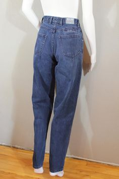 5ba93355031a65 Vintage 90s mom jeans waist 28 high waisted tapered Black Mom Jeans Outfit