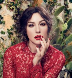 dolce and gabbana ads latin | dolce-and-gabbana-monica-bellucci-classic-cream-lipstick-ad-campaign