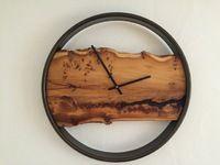 *KLAN - Holzdesign erfüllt Ihre Wünsche aus Holz !* Klan-Holzdesign ist spezialisiert auf anspruchsvolle Wanduhren. Jede Designer Wanduhr ist ein unikat.  Darüber hinaus bauen wir auch den edlen Weinständer bis hin zur hochwertigen Brenn-Holzkiste oder Kleidergaderobe.  Bei unseren handgearbeiteten Produkten ist für jeden Geschmack etwas dabei ! Schauen Sie sich in unserer Fotogalerie unser verschiednen Produkte gerne einmal genauer an. Für Fragen, Wünsche und Anregungen stehen wir Ihnen…