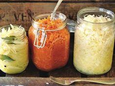 Syrad lök, vitkål och morötter