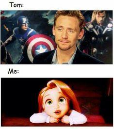 A tom hiddleston. Loki Thor, Marvel Funny, Loki Laufeyson, Marvel Memes, Marvel Avengers, Bucky Barnes, Sebastian Stan, Benedict Cumberbatch, Tom Hiddleston Funny