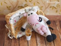 Alpine Cow crochet pattern by Amigurumi Today #amigurumi #amigurumidoll #amigurumipattern #amigurumitoy #amigurumiaddict #crochet #crocheting #crochetpattern #pattern #patternsforcrochet