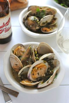 Beer Steamed Clams. Sounds good to me - what a good twist for steaming clams.  Step-by-step photos on Bevcooks.com