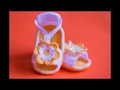 Sandalias para niños Tejidas a crochet Parte 1 de 2 - YouTube Crochet Baby Shoes, Crochet Baby Booties, Crochet Slippers, Crochet Crafts, Knit Crochet, Baby Patterns, Crochet Patterns, Baby Sandals, Baby Socks