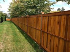 Whats the Cheapest Way To Build a Fence? This DIY Guide Shows You The Steps and the Materials You Need to Get a Privacy Fence Built Fast! Diy Backyard Fence, Diy Fence, Backyard Landscaping, Fence Ideas, Privacy Fence Landscaping, Fenced In Backyard Ideas, Garden Ideas, Patio, Fenced In Yard