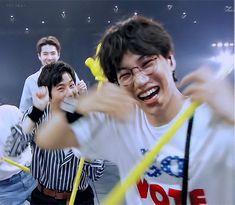 Suho Exo, Kaisoo, Exo Kai, Exo Memes, Worldwide Handsome, Kpop, My Love, Weed, Brother