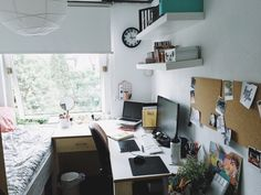 tanya's studyblr — softzouiall: made some changes to my room / desk...