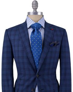 Isaia Blue and Navy Plaid Suit Classy Suits, Plaid Suit, Professional Dresses, Blazers, Suit And Tie, Gentleman Style, Wedding Suits, Fine Men, Swagg
