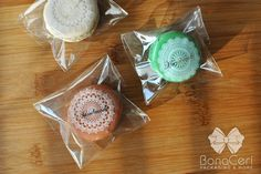 Macaron packaging with cello and handmade sticker