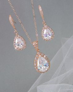 YES!! LOVE IT!!! Rose Gold Bridal Set Bridesmaids Jewelry Set by CrystalAvenues