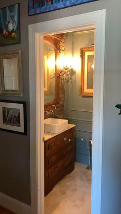 Bathroom Vanity Makeover, Small Bathroom Vanities, Master Bathroom, Small House Interior Design, Home Room Design, Bathroom Design Layout, Bathroom Interior Design, Glamour Living Room, Bathroom Renovations