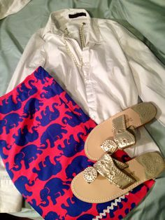 Milly for Banana Republic elephant skirt paired with a white blouse and cute sandals.