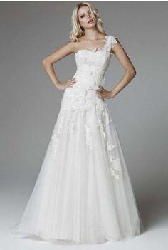 spose autunno inverno | Tendenze abiti sposa autunno/inverno 2013-14 (Foto 10/41) | Matrimonio