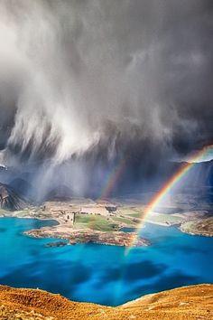 Nature landscape photos - Behind the Storm