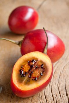 Tamarillo! What does it taste like? The flesh has a texture and flavor reminiscent of tomatoes. Tangy but somewhat sweeter than tomatoes, its flavor has been compared to passion fruit, plum, mango and apricot.