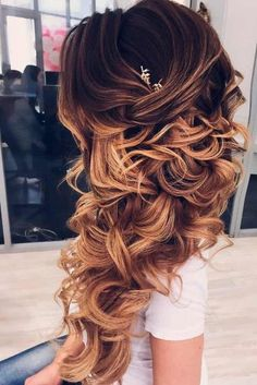+ Cutest and Most Beautiful Homecoming Hairstyles ★ See more: http://glaminati.com/homecoming-hairstyles-medium-long-hair/