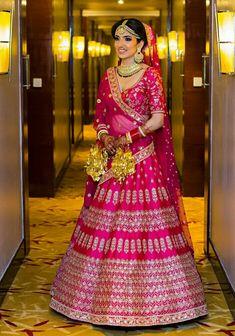 Pink Bridal Lehenga, Wedding Lehanga, Bridal Dupatta, Designer Bridal Lehenga, Indian Bridal Lehenga, Indian Wedding Outfits, Bridal Outfits, Bridal Dresses, Marriage Lehenga