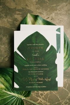 tropical leaf themed wedding invitation #weddinginvitation