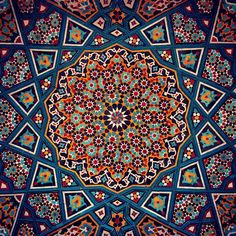 176 Likes, 9 Comments — شوكت پور⚜️Shokatpour ( on Instagr… — Cards Islamic Art Pattern, Arabic Pattern, Tile Patterns, Pattern Art, Zentangle Patterns, Motifs Islamiques, Art Et Architecture, Islamic Tiles, Persian Pattern
