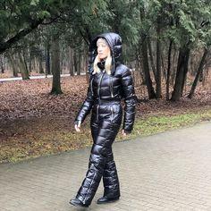 Down Suit, Hooded Winter Coat, Winter Suit, Nylons, Womens Wetsuit, Moon Boots, Skiing, Snowboarding, Bomber Jacket Men
