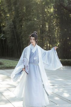 Chinese Clothing Traditional, Traditional Outfits, Hanfu, Chinese Style, Dress To Impress, Casual, Clothes, Dresses, Women