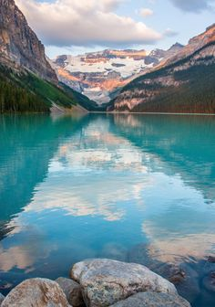 Lake Louise, Alberta | Canada (by dezzouk)
