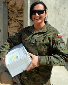 fot. ppor. Radosław Gruźlewski Military Women, Military Jacket, Hero World, Female Soldier, Airsoft, Army, Connecticut, Soldiers, Polish