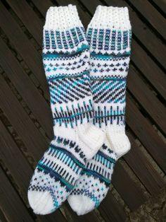 Knit Stockings, Stocking Tights, Knitting Socks, Stockings, Tricot, Knit Socks