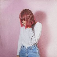 Short Pastel Pink Hairstyle with Soft Grunge Outfit