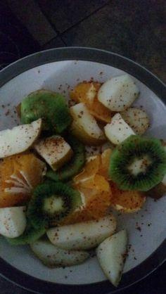 Quiwi, pera naranja y tajin Blchch