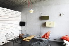 Hay lounge chair suits this industrial look