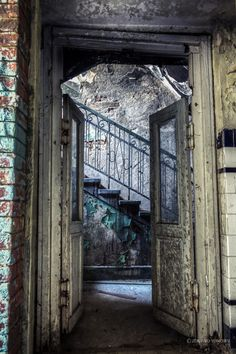 Photographs from the derelict old turkish bath in Ovcha kupel, Sofia, Bulgaria by Zdravko Yonchev Turkish Bath, All Over The World, Abandoned, Beautiful Places, Places To Visit, Sofia Bulgaria, Hallows Eve, Facades, Destinations