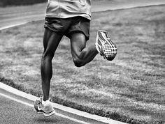 Mo Farah Runs in the Nike Air Pegasus+ 30 - EU Kicks: Sneaker Magazine Best Running Shorts, Nike Running, Running Shoes, Trail Running, Runner's World, Fitness Tips, Health Fitness, Mo Farah, Running Injuries