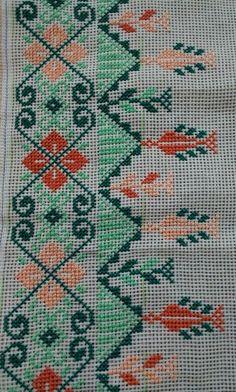 Cross Stitch Geometric, Cross Stitch Art, Cross Stitch Borders, Cross Stitch Alphabet, Cross Stitch Flowers, Cross Stitch Designs, Hand Embroidery Design Patterns, Hand Embroidery Videos, Wool Embroidery