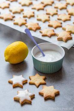 Glaçage des étoiles au citron
