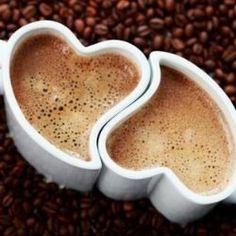 Il tenore CARUSO e le due tazzine di buon caffècaffè, caffe, cialde, capsule, cialde per caffè, capsule per caffè, macchine da caffè, macchine per caffè, macchine, macchinette, distributori, lavazza, gimoka, gaggia, espresso italia, confezioni, regalo, convenienti, scontate, sconto, promozione, offerta