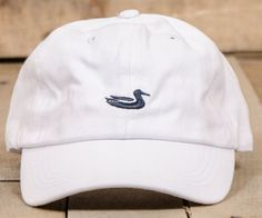 The Southern Marsh Hat is a classic take on an everydaystaple.We started with fine twill fabric and put it through several washes to give it a soft, broken...