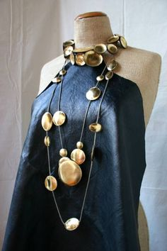 Isabelle Azaïs - leather necklace The Party Goddess! Marley Majcher ThePartyGoddess.com #style #fashion #leather
