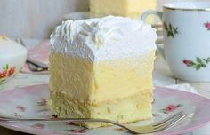Pudinkové kostky s kokosem a šlehačkou. Tak jednoduché a lahodné! High Sugar, Vanilla Cake, Recipies, Deserts, Food And Drink, Sweets, Baking, Profile, Videos