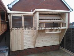 Aviary / Traps – Ecco Sheds and Pigeon Lofts Pigeon Loft Design, Racing Pigeon Lofts, Racing Pigeons, Selling Design, Sliding Windows, Roof Design, Town And Country, Custom Design, Sheds