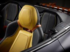 Aston Martin Virage Volante Q bleu mate lanière cuir