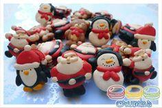 Christmas Macarons, no link but their adorable