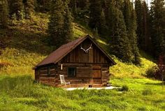 """Dunton Hot Springs, - Forge Cabin - This converted Forge replaced the original """"Dicks"""" cabin which was beyond repair. It is an extremely cozy cabin, directly opposite the Saloon. Old Cabins, Log Cabin Homes, Cabins And Cottages, Cabins In The Woods, Mini Cabins, Rustic Cabins, Colorado Resorts, Colorado Cabins, Telluride Colorado"""
