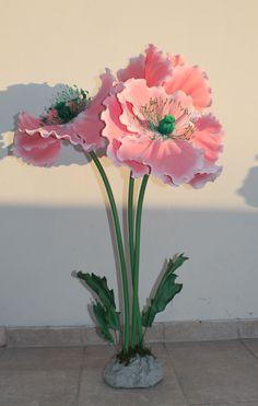 Poppy flower. Giant flowers by Petal Fairy https://www.facebook.com/thePetalfairy/