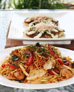 To Food with Love: Seafood Yakisoba (Japanese Fried Noodles)